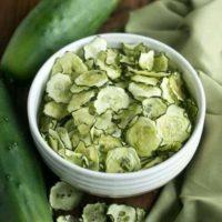 Baked Cucumber Chips with Salt & Vinegar Flavor