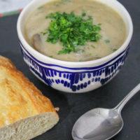 Slow Cooker Cream of Mushroom Soup